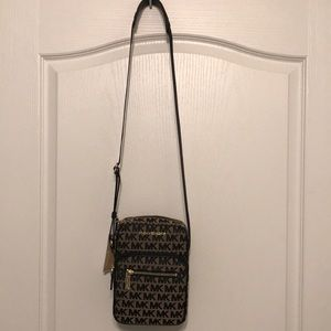 Authentic Bedford zip Michael Kors